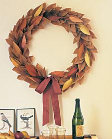 mla103704_1108_wreath_l